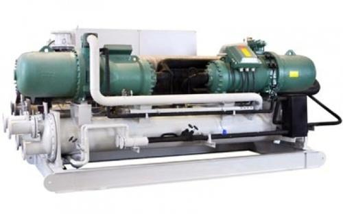 Water cooled screw chiller system